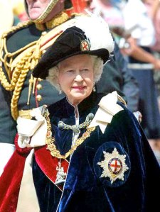 queen elisabeth garter03_02